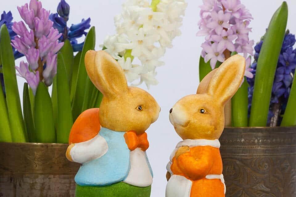 Húsvét: Húsvéti nyulak és a virágok